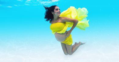 Grávida, a atriz Márcia de Oliveira faz ensaio subaquático