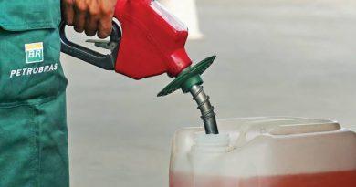 Diante de guerra pelo petróleo, Petrobras reduz preços de combustíveis