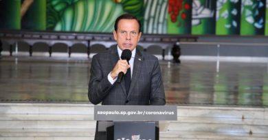 """Doriaelogia MP do governo, mas diz a Bolsonaro que """"não é hora de brigar"""""""