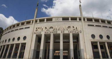 """Estádio do Pacaembu """"vira"""" hospital para atender vítimas da covid 19"""