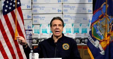 Governador de NY cobra Casa Branca por recursos: 'Escolham quem morre'