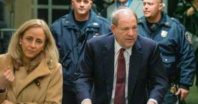 Harvey Weinstein sente dores no peito após condenação e vai para hospital