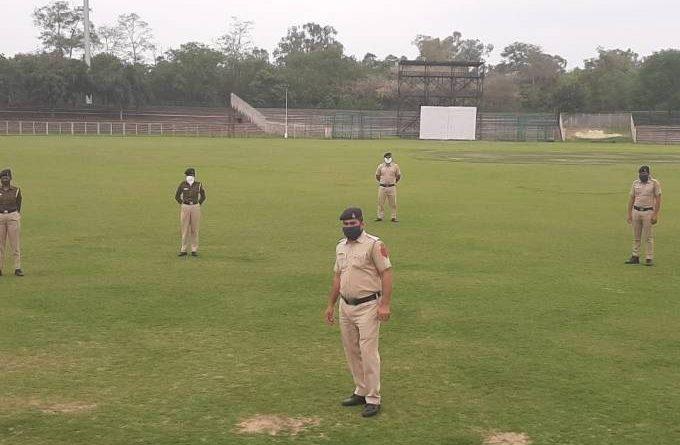 Índia converte estádio em prisão para quem violar a quarentena