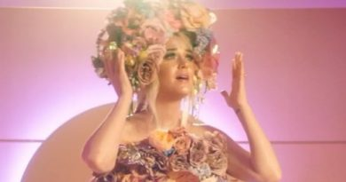 Katy Perry aparece com barriga de grávida em teaser de novo clipe