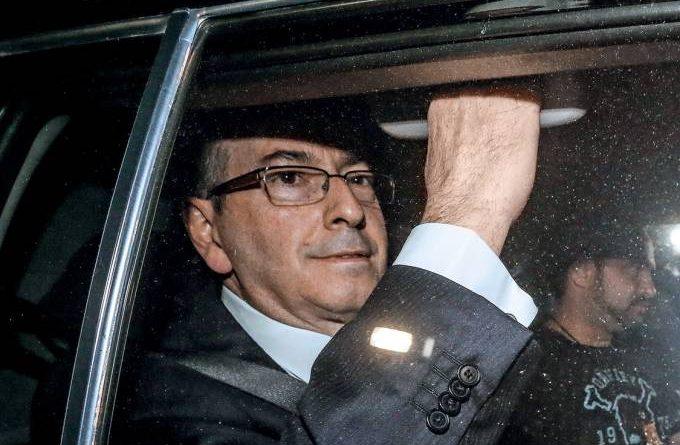 Por coronavírus, Eduardo Cunha consegue progredir ao regime domiciliar