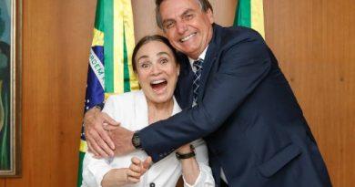 Bolsonaro humilha Regina Duarte ao dar apoio a subordinado na Cultura