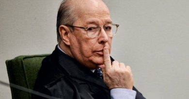 Celso de Mello autoriza inquérito contra Bolsonaro por acusações de Moro