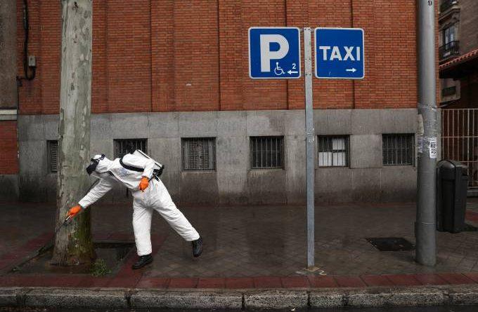 Coronavírus: Espanha adia prazo de confinamento da população