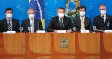 Mandetta parabeniza Sergio Moro após revelações contra Bolsonaro