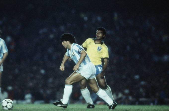 Para rever em casa: um show da seleção com caneta de Romário em Maradona
