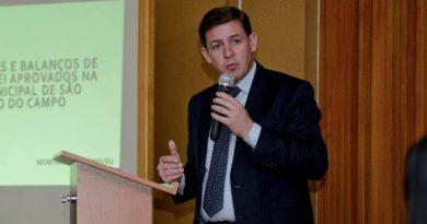 Tratamento do prefeito de São Bernardo, que deixou UTI, incluiu cloroquina