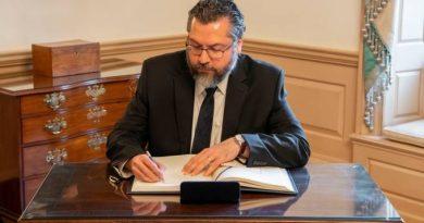 Após críticas, Itamaraty cancela clipping internacional para embaixadores