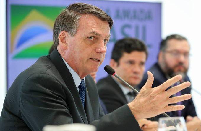 Bolsonaro foi à reunião preparado para o confronto, dizem especialistas