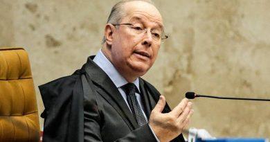 Celso de Mello nega pedido do PT para proibir carreata bolsonarista