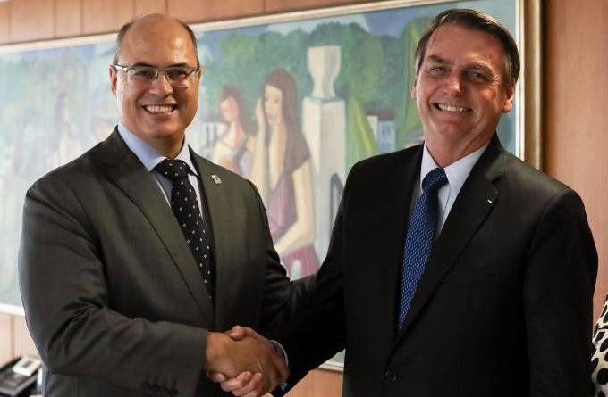 'Interferência de Bolsonaro na PF está oficializada', diz Witzel