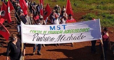 Após ter lavoura destruída, MST inaugura Centro de Produção Agroecológica no local