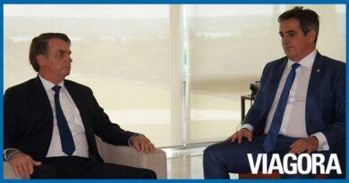 Ciro trata sobre perfuração de poços em reunião com Bolsonaro