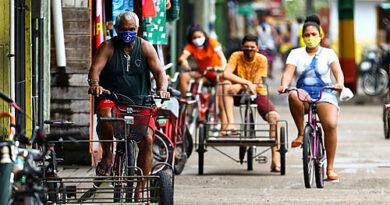 Pela primeira vez, Brasil tem menos de 50% dos trabalhadores ocupados