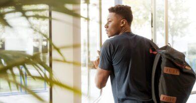 Programa de estágio na Ambev abre vagas para estudantes negros