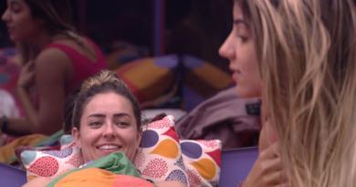 """""""Você tem que cuidar do que você fala quando bebe"""", orienta Hariany à Paula"""