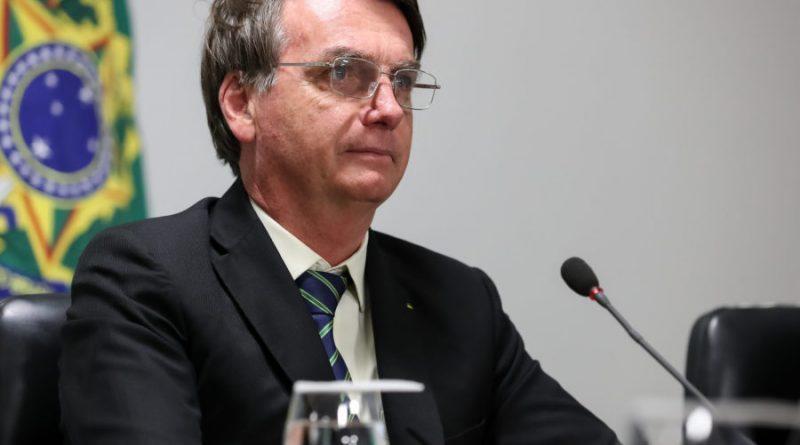 Bolsonaro envia ao Congresso projetos para abrir R$ 575 milhões a setores naval e aéreo