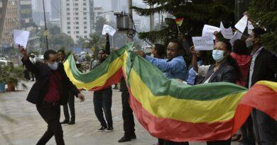 Etíopes celebram a barragem da discórdia