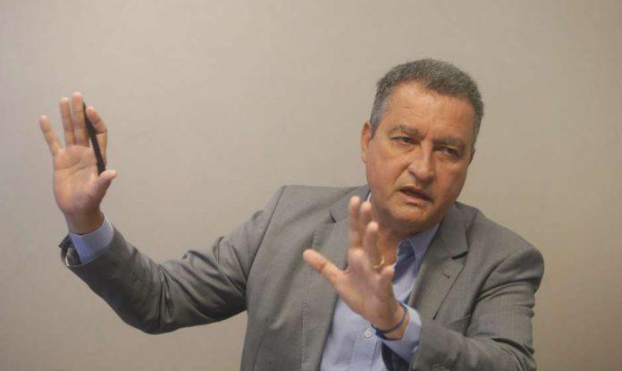 Governador da Bahia defende via de frente com DEM e PSDB