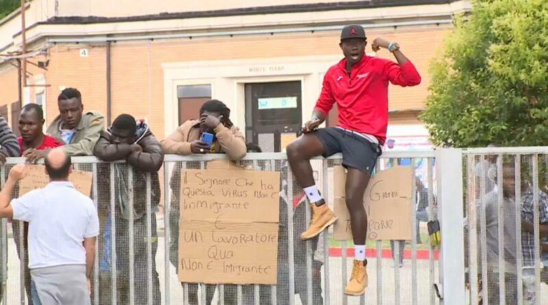 Itália regista surto de Covid 19 em centro de migrantes