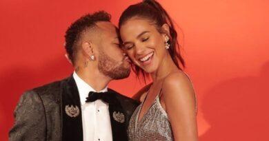 """Neymar exige respeito em relação a Bruna Marquezine: """"Sempre te defenderei"""""""