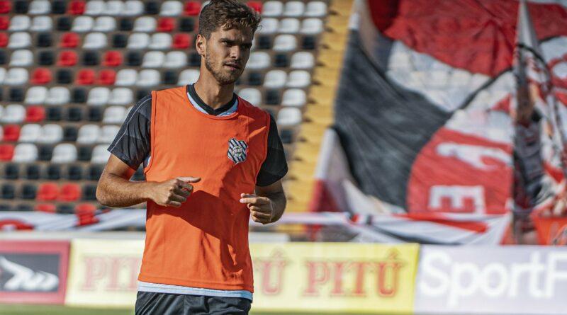 Paulo Ricardo, do Figueirense, projeta reencontro com o Fluminense