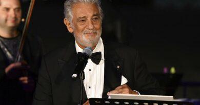 Plácido Domingo recebe prémio de carreira na Áustria
