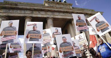 Polícia dispersa manifestação em Berlim