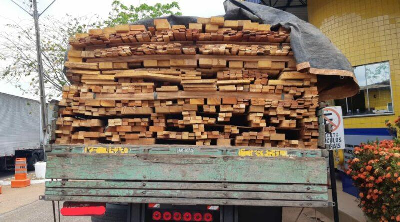 PRF-MA já apreendeu 76 carretas transportando madeira irregular em 2020