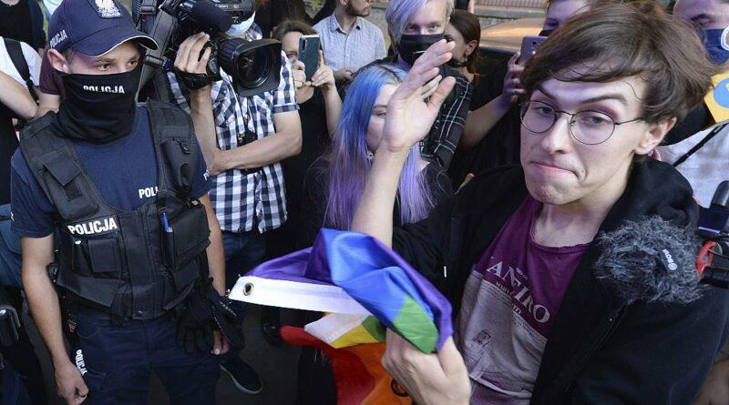 Sábado de protesto pela comunidade LGBT