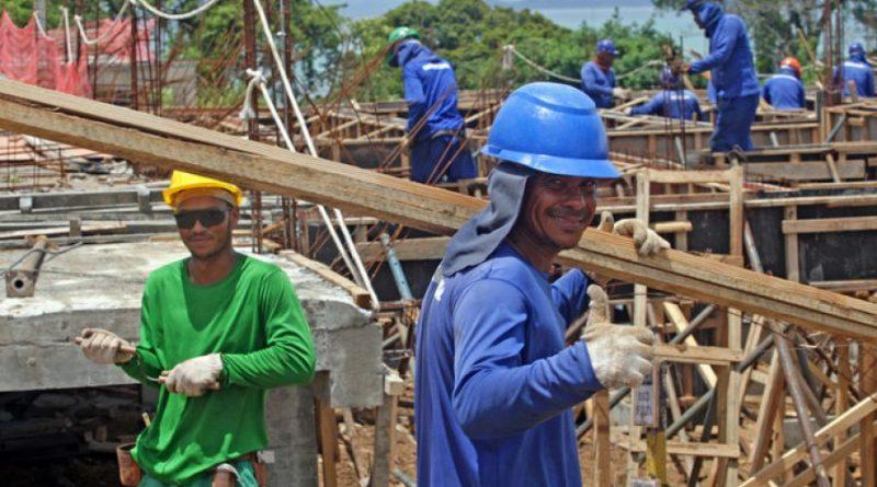 Setor de construção civil gerou 439 novos empregos em Salvador em julho
