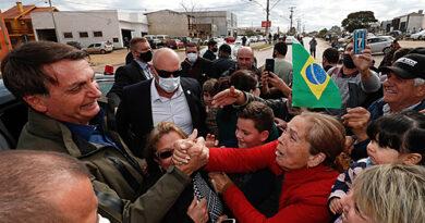 Sin aislamiento, Brasil puede sobrepasar siete millones de casos de covid en un mes