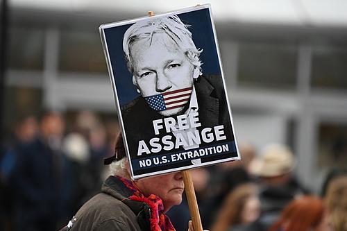 Advogado de Assange expõe parcialidade do Departamento de Justiça estadunidense