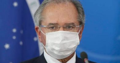 Após Bolsonaro enterrar Renda Brasil, Guedes prioriza nova CPMF