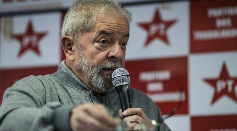 Após Lula se colocar 'à disposição', PT lança plano de reconstrução nacional em oposição a Bolsonaro
