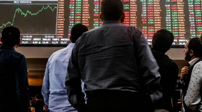 Bolsa cai mais de 2% e vai ao menor patamar desde julho