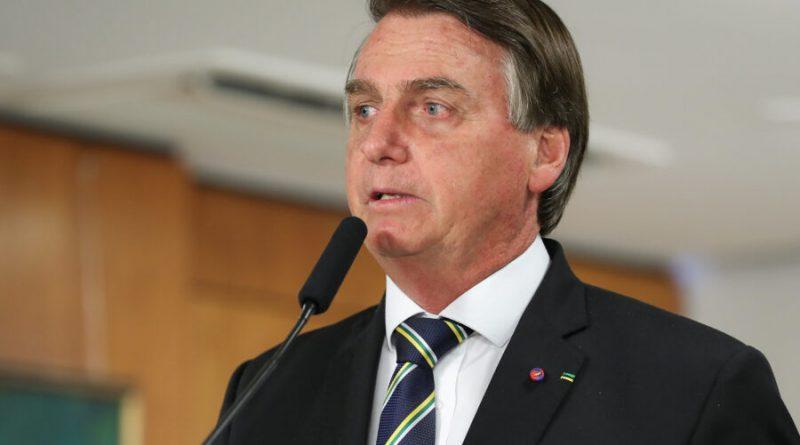Bolsonaro passa por exames médicos em Brasília