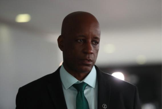 Camargo ataca Olavo após críticas do 'guru' a Bolsonaro
