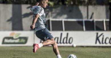De saída do Santos e em busca de novo clube, Uribe marca viagem à Colômbia