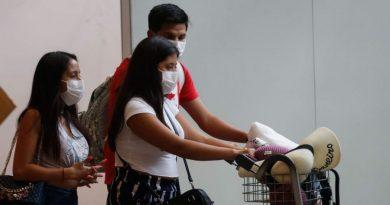 Governo dos EUA flexibilizará triagem de brasileiros em aeroportos
