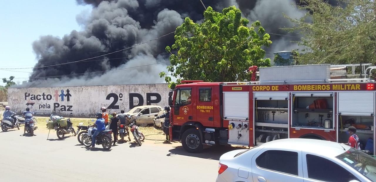 Incêndio aconteceu na tarde desta segunda feira (7).