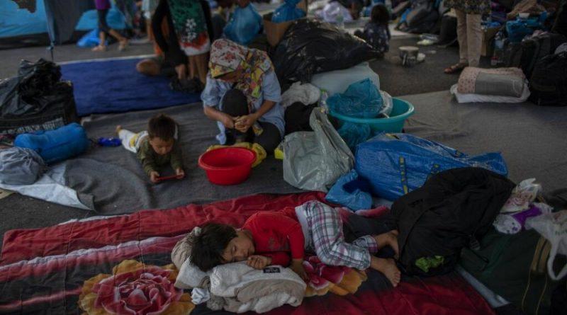 Lesbos ficará sem migrantes até à Páscoa