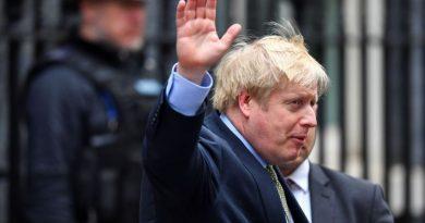 Para combater segunda onda da Covid 19, Inglaterra fechará bares e restaurantes às 22h