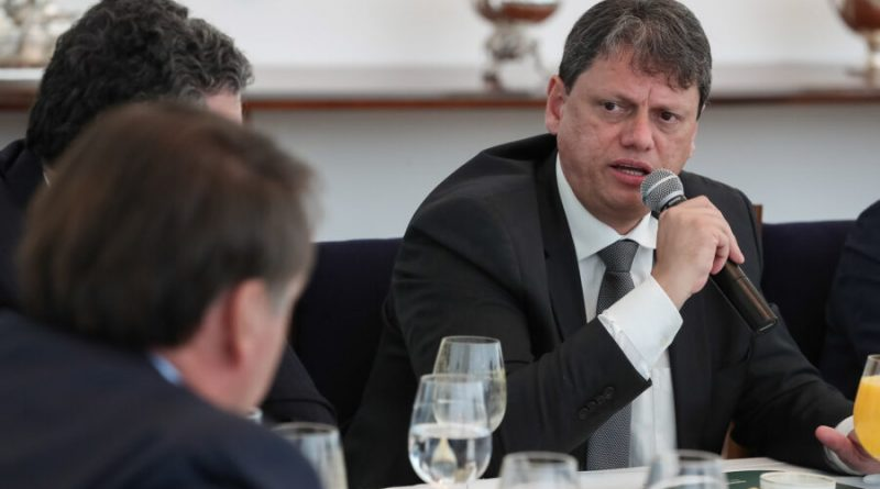 Planalto injetará R$ 1,8 bi em ferrovias para atrair investimento