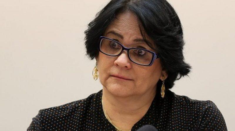 Procuradoria pede a TCU que investigue Damares por ação para impedir aborto de criança