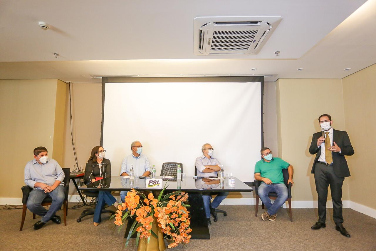 PSL anuncia apoio à candidatura do professor Kleber Montezuma em Teresina.